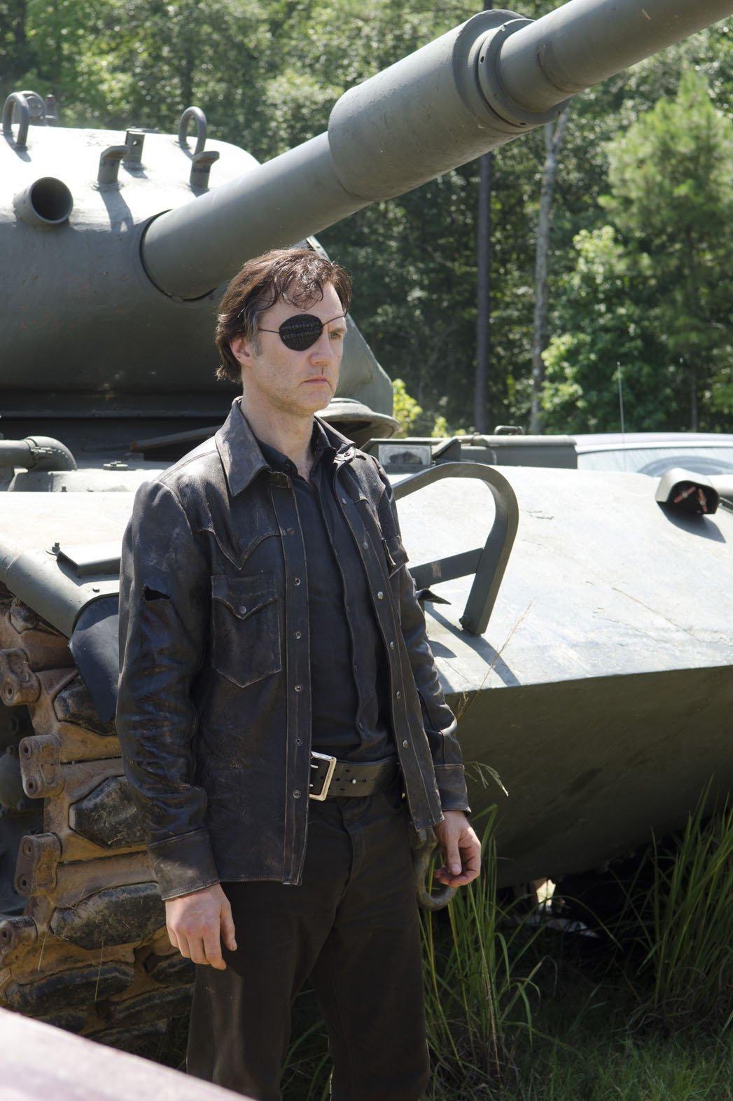 Governor-tank