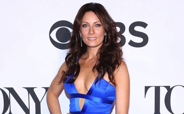 Supermom-Laura Benanti